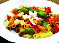 Cestoviny s Eggcheese a paradajkami